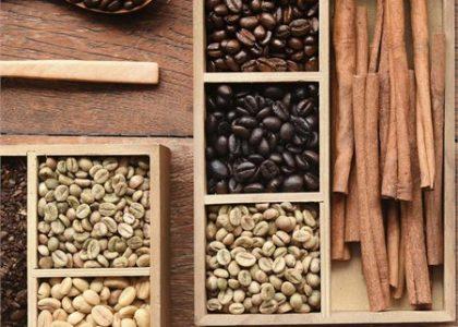 El color del grano no tiene nada que ver con la cafeína
