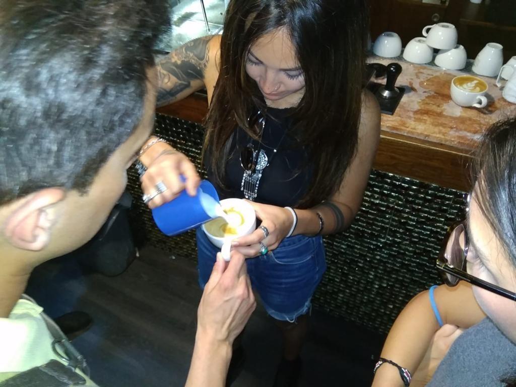 Curso barista hotel hostal cuba Mallorca Café Jurado latte art
